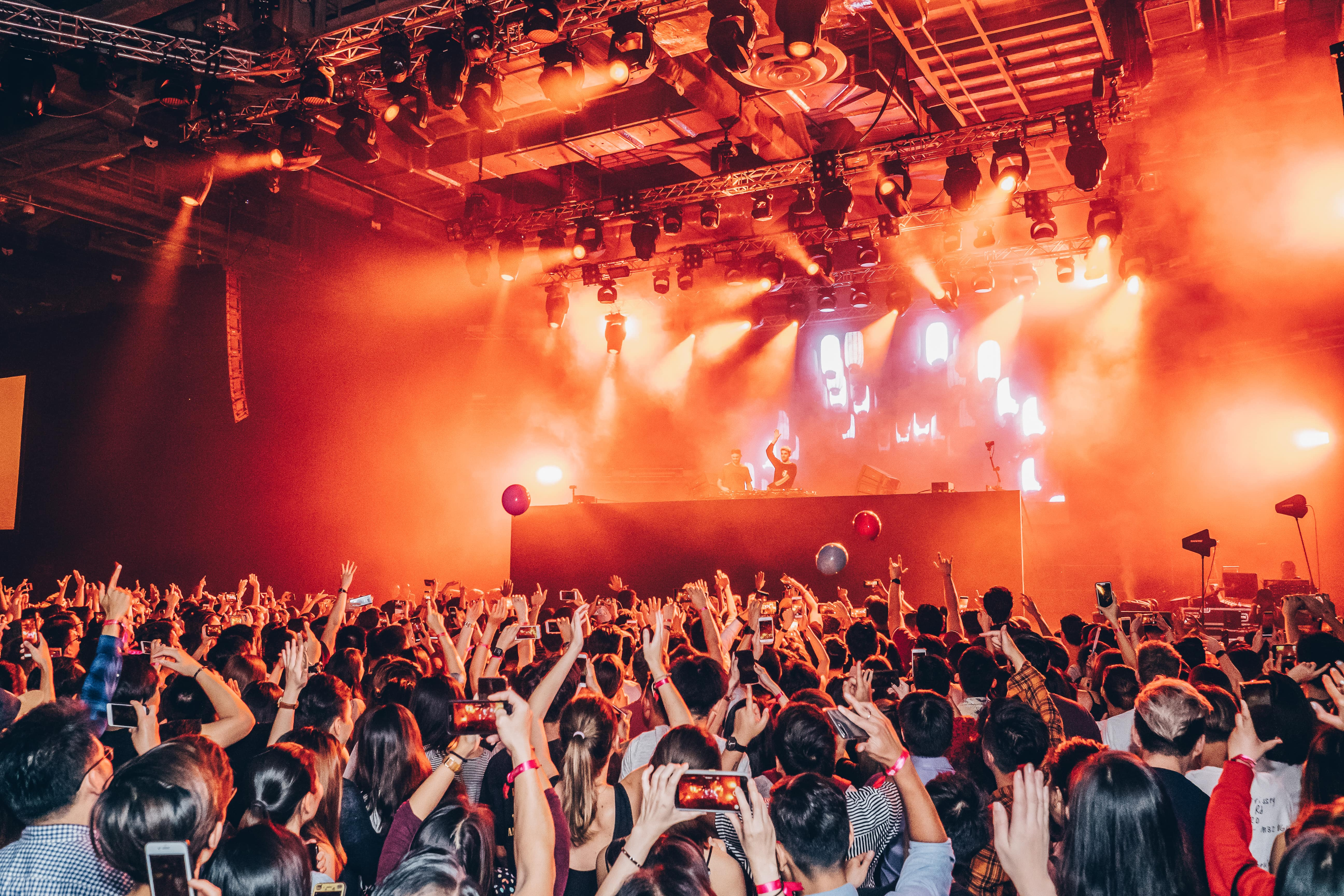 Mastercard Chainsmokers Octagon - Singapore experiential 9