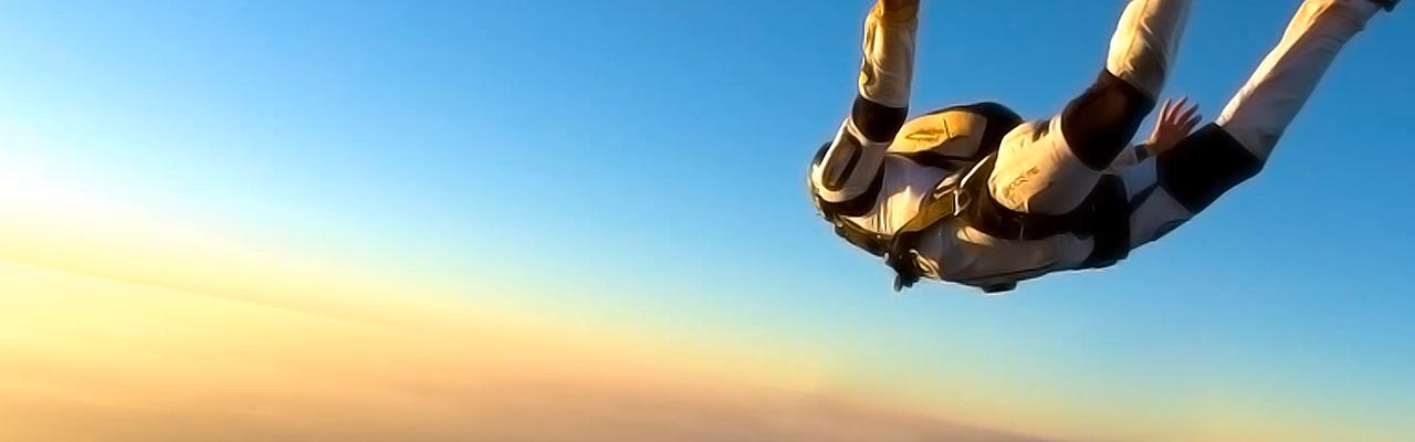 sky-dive-emotion-memories
